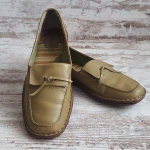 ⚁EuroStep Olive Green Leather Loafer